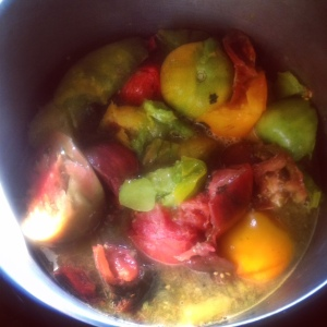 Big 'ol pot of heirlooms.